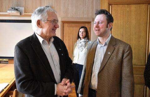 UENIGE: Dag Martin Bakken (til venstre) og Frp er uenig med Yngve Sætre og Høyre i skolesaken.