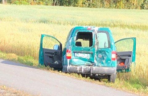 TRAFIKKULYKKE: En av de involverte bilene på Hamarvegen mandag ettermiddag.
