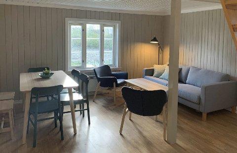 Mer moderne: Hytta er malt og rustet opp på flere vis. Nye møbler og senger er også kjøpt inn.