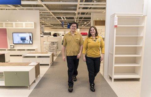 IKEA-PARET: For Olle Johansson og Tina Helgesen Skjønsbyhagen går det mye i Ikea - både på jobb og privat. Foto: Jo E. Brenden