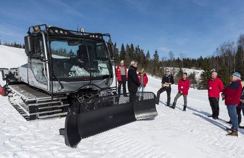 Tråkkemaskinen til området Sollihøgda og Krokskogen i Hole kommune. Ordfører i Hole kommune Per R. Berger understreker viktigheten med å legge forholdene til rette for dem som ønsker å bruke marka.