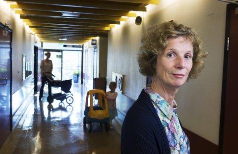 MANGE PASIENTER: Mariann Hval, avdelingssjef ved barne- og ungdomsavdelingen i Vestre Viken bekrefter de mange pasientene med RS-virus i Drammen.