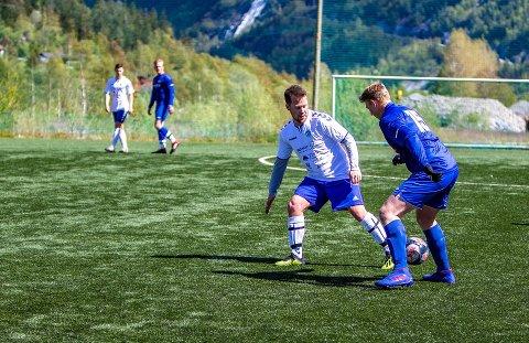 BARNEVIK SKÅRA: Joakim Barnevik, her fra hjemmekampen mot Fossum sist uke, skåra Rjukan/Tinns eneste mål i søndagens kamp.