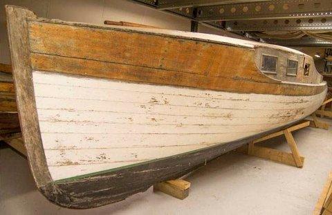IDAG: Nå ligger båten oppbevart i et av magasinene til Follo museum.