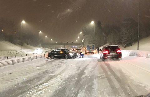 RIKSVEI 159: Ulykke i retning Lillestrøm ved Vittenbergtunnelen på riksvei 159. FOTO: CECILIE ENGH