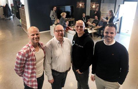FELLES SATSING: Geir Wilter (t.v.), Håvard Holen Joachim Furuseth og Christer Futsæther gleder seg til å jobbe sammen i reklamebransjen. Kontorfellesskapet får tilsammen 20 ansatte o g 30 millioner i omsetning. (Foto: Thor Fremmerlid)