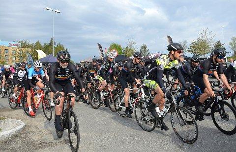 AVLYST: Flere hundre ryttere var ventet til Follo og Indre Østfold i helgen til NM. Nå er mesterskapet avlyst.