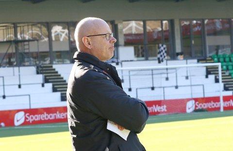 GREITT NOK: Trenar Nils Tore Krosshaug konkluderer med at uavgjort var eit greitt resultat. (Arkiv)