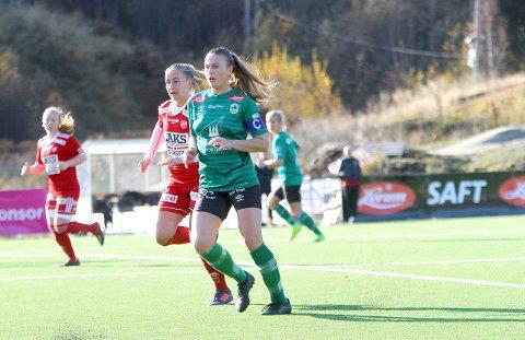 STØTTE: Spelarorganisasjonen NISO støttar Jannike Orrestad Andersen (21) i konflikten med Kaupanger. (Foto: Morten Sortland)