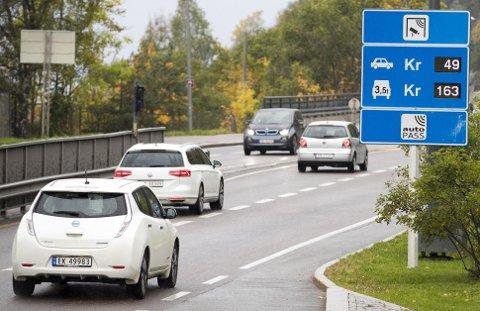 BOMPENGER: Frp sa ja til at bilistene skal betale 4,4 milliarder kroner i bompenger for E18 gjennom Telemark