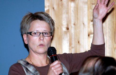 SØKT: Berit Bjørnerud har søkt den ledige stillingen som sokneprest i Hjartdal. Hun har tidligere vært sokneprest i Sauherad og er nå sjømannsprest i Nordsjøen.