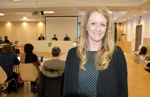 Marit Moe Kvendbø er enhetsleder på sykehjemmet i Surnadal. Hun orienterte kommunestyret om kvaliteten på tjenestene som brukerne av sykehjemmet får.