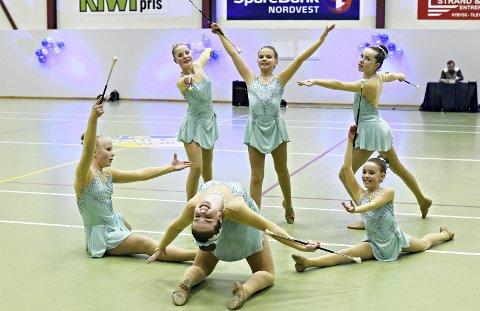 Oppvisning: Gruppen Preteen Danceteam hadde en fin oppvisning i Dahlehallen søndag.