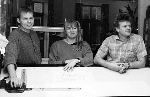 1991: Sverre Sevaldsen, Torill Liabø Thingvold og Terje Husby ser på det å vinne arkitektkonkurranser som et bevis på godfaglig kompetanse og god idéutforming. Bildet er fra Tidens Krav 19. desember 1991.