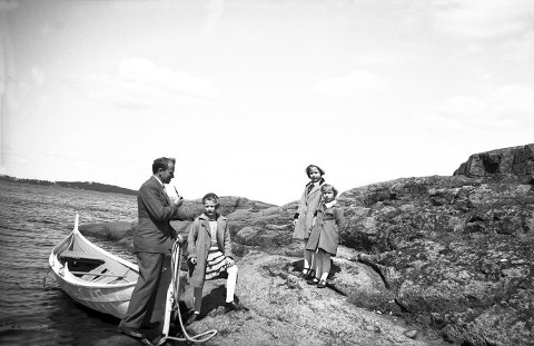 b13590bf ØYTUR ANNO 1935: Slik så det ut da familien Arentz dro på øytur i Nøtterøy