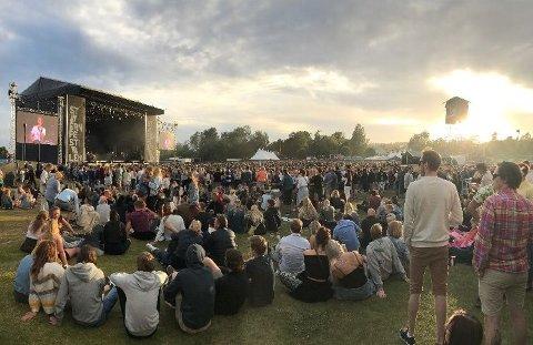 Stavernfestivalen ble sparket igang onsdag ettermiddag - men flere håpefulle festivalgjengere fikk aldri billettene de hadde kjøpt til årets festival.