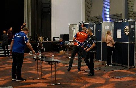 NM: Tønsberg Dartklubb har denne helga vært vertskap for årets norgesmesterskap i Dart. Arrangementet ble holdt på Hotel Klubben.