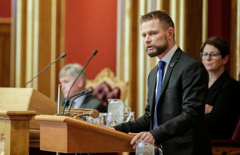 Helse- og omsorgsminister Bent Høie (H) redegjorde i Stortinget tirsdag for situasjonen omkring utbruddet av koronasmitte i Norge.