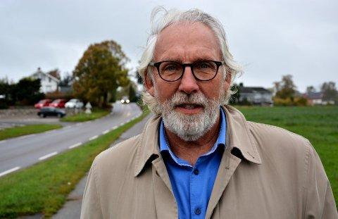 FØLG SMITTEVERNSRÅDENE: Carl-Erik Grimstad ber folk følge ekstra med nå som en mutert variant av Covid-19 har blusset opp i Nordre Follo.