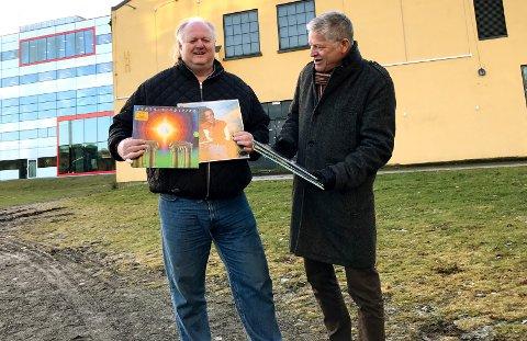 DEN BESTE MUSIKKEN: Sammen med Brynjulf Eie, planlegger Tom Hansen (til venstre) og Lars Arne Dahl et geditgent 70- og 80-tallsparty, muligens i november. Bli ikke overrasket om hits fra Earth Wind & Fire og/eller Al Jarreau står på spillelista.