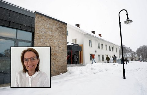 SPENT: Skolesjef i Østre Toten kommune, Ellen Kari Aalstad, forteller at de har jobbet hardt denne uka, og er spente på å ta imot de yngste elevene ved Hoffsvangen og de seks andre barneskolene i kommunen mandag.