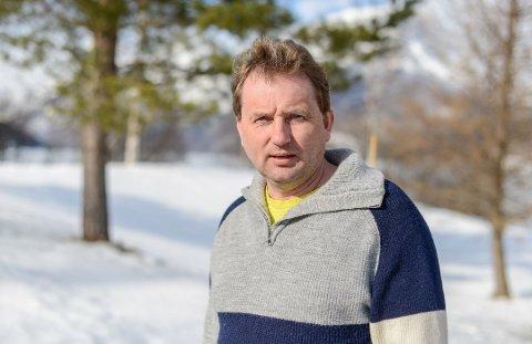 Vidar Eltun sier at Lærdal sykehus  ikke er noe seriøst alternativ til Mjøssykehuset for Vang.