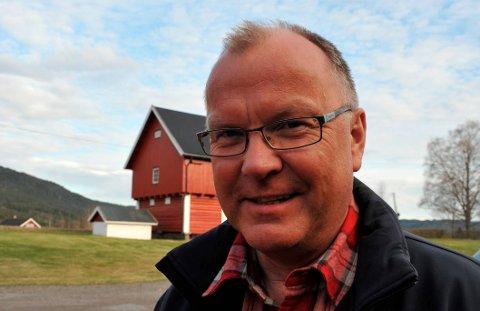 JORDBRUKER:Gårdbruker Ole Feet på Holter gård har 50 prosent andel i Nittedal Gårdsdrift DA. Arkivfoto: Kari Tveøy