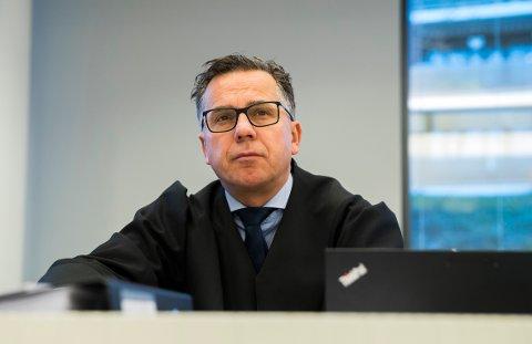DELVIS SKYLD: Min klient erkjenner delvis straffeskyld, sier advokat Ole Petter Drevland etter det enorme beslaget som ble gjort i sommer.