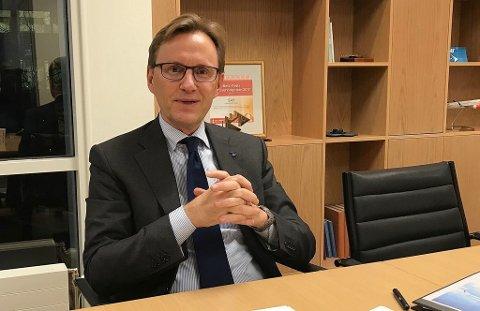 DELER UT PENGER: Finansdirektør i SAS, Torbjørn Wist. Foto: Halvor Ripegutu