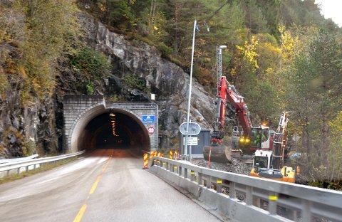 Kansdalen: Arbeid pågår mellom tunnelene.
