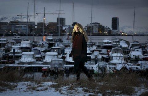 Havnedirektør: Høy sigarføring har hun sett lite av i bransjen, hevder hun. Selv bidrar havnedirektør Kjersti Stormo definitivt ikke.