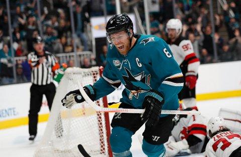 Joe Pavelski er blant spillere som scorer mest i NHL. (AP Photo/Josie Lepe)