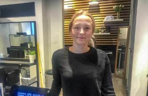 FRISØR: Rebecca Skjerping. FOTO: DAG BJØRNDAL