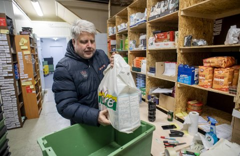 Trygve Rolland er svært travel om dagen. Behovet for hjemmelevering av matvarer øker i takt med virusspredningen.