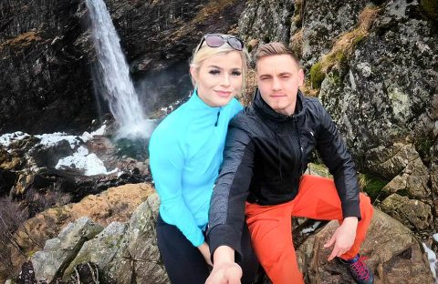 Turentusiaster: Eilen Skadberg og Christopher Thornton reiser landet rundt og loggfører sine opplevelser.