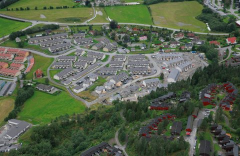 DYRARE OVER HEILE LANDET: Eit norsk gjennomsnittshus kostar i dag 38.699 kroner per kvadratmeter. Det er 35,6 prosent meir enn for fem år sidan.