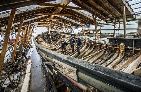 ARBEIDSGJENGEN: Eier av båten, Knut Sørensen sammen med Caspar Hillestad og Gudmundurd Sjurdarsson Nordbud ombord i Jelsa. ALLE FOTO: Geir A. Carlsson