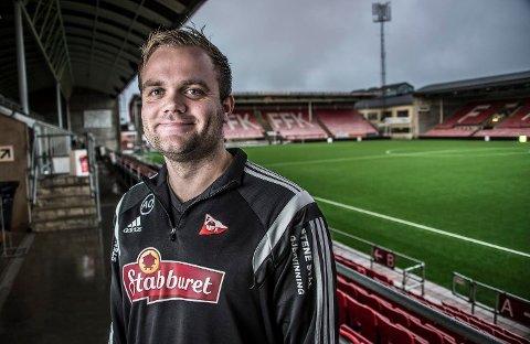 SER ETTER NYTT BLOD: FFK og utviklingsansvarlig Aleksander Olsen ønsker å utvikle en ny ungdomstrener.