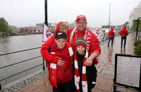 REGN I VENTE: Supportere blir oppfordret til å kle seg godt foran torsdagens seriekamp mellom FFK og Vidar.