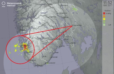 Regnbygene beveger seg østover, og treffer Hedmark i ettermiddag.