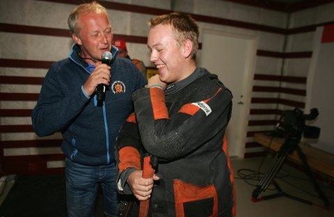 SMØRBLID: Emil Nygårdseter smilte fra øre til øre etter debuten som senior på Landsskytterstevnet.