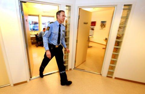 Lensmann Jon Gaarden varslet kommunen om ukontrollert skjenking på et utested på Vinstra.