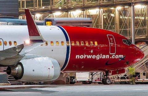 DRAMATISK: Flyselskapet opplyser at besetningen ble redde av oppførselen om bord i flyet. FOTO: HANS OLAV NYBORG