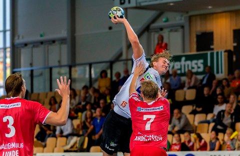 11 MÅL: Han skulle ta over etter Victor Skillhammar... Med 11 mål i seriepremieren viste Kristian Stranden at han er klar for oppgaven!