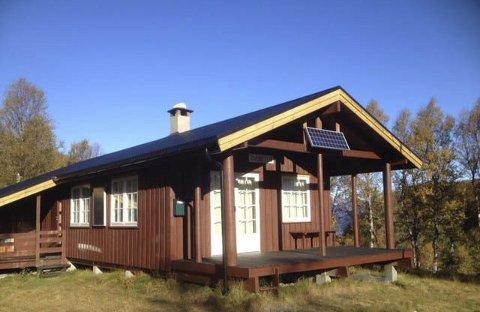 Månatun: Vestglimt IL si hytte. Her er kafé nokre sundagar og moglegheit for å leiga hytta. Foto: Bjørg Krohg hauso