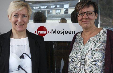 MESSEKLAR: Torsdag er det jobbmesse i Mosjøhallen. Else Bjørkps Lilleng  (t.v.) og Audhild Lunde  Joakimsen fra Nav trekker i trådene. Foto: Rune Pedersen