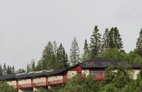 Kostnader: Det gamle Hattfjelldal hotell har gitt Hattfjelldal Vekst ekstra kostnader som ligger utenfor deres kjernevirksomhet.