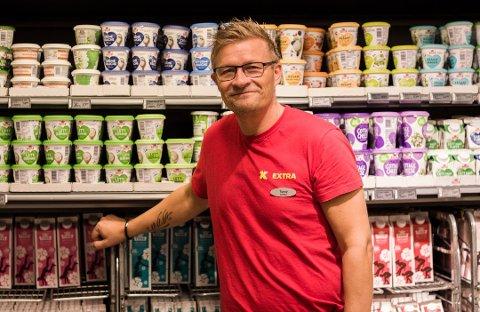 BUTIKKSJEF: I dag er Tonny Johnsen butikksjef for Coop Extra i Vadsø.