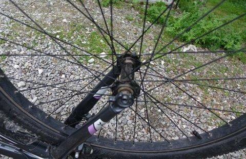 SKRUS AV: Noen løsner sykkeldekk, og det pågår flere steder i landet. Bildet er tatt i forbindelse med en annen sak.