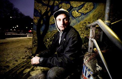 JUBILANT: Andres Diaz satte Jessheim på kartet da han slo gjennom som landets første Hip-hop- artist på 90-tallet. I november spiller han for full sal på Rockefeller i Oslo.